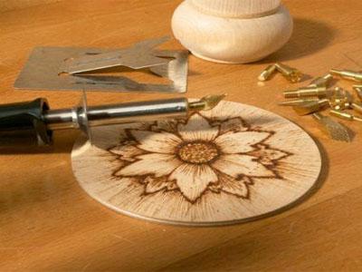 ابزار و وسایل سوخت نگاری روی چوب